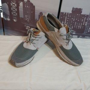 Mens Levi's casual sneakers
